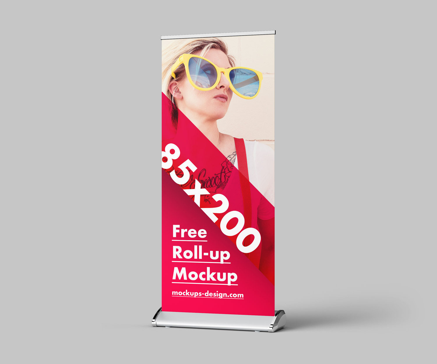 Roll-Up Mockup Free PSD