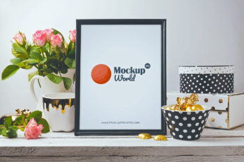 Photo Frame Free Mock-Up PSD