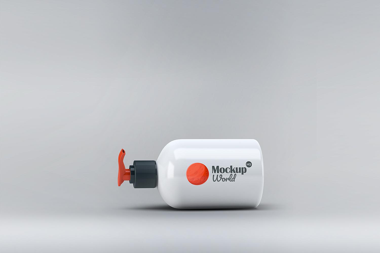 Free Classy Dispenser Bottle Mockup