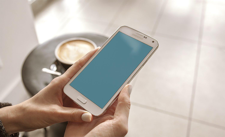 Samsung Galaxy S5 Android Phone PSD Mockup