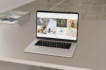 Responsive Website Free Mockup